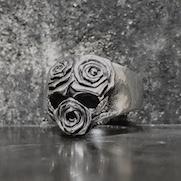 Three Roses Skull Ring